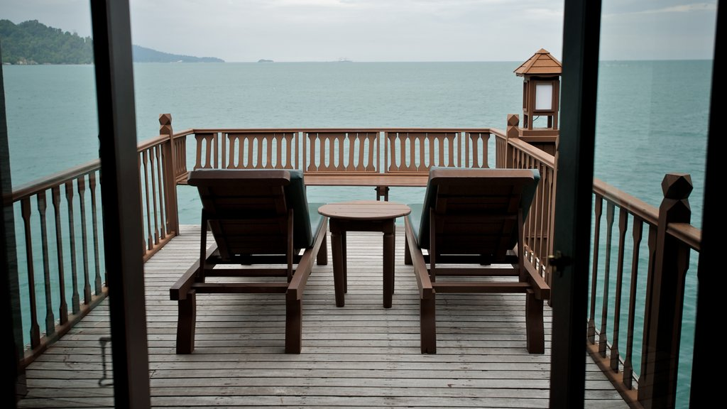 Pangkor Laut showing general coastal views and a luxury hotel or resort