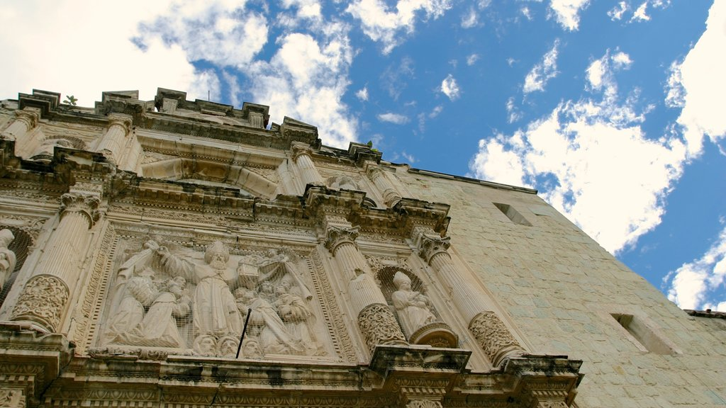Oaxaca which includes a church or cathedral and heritage architecture