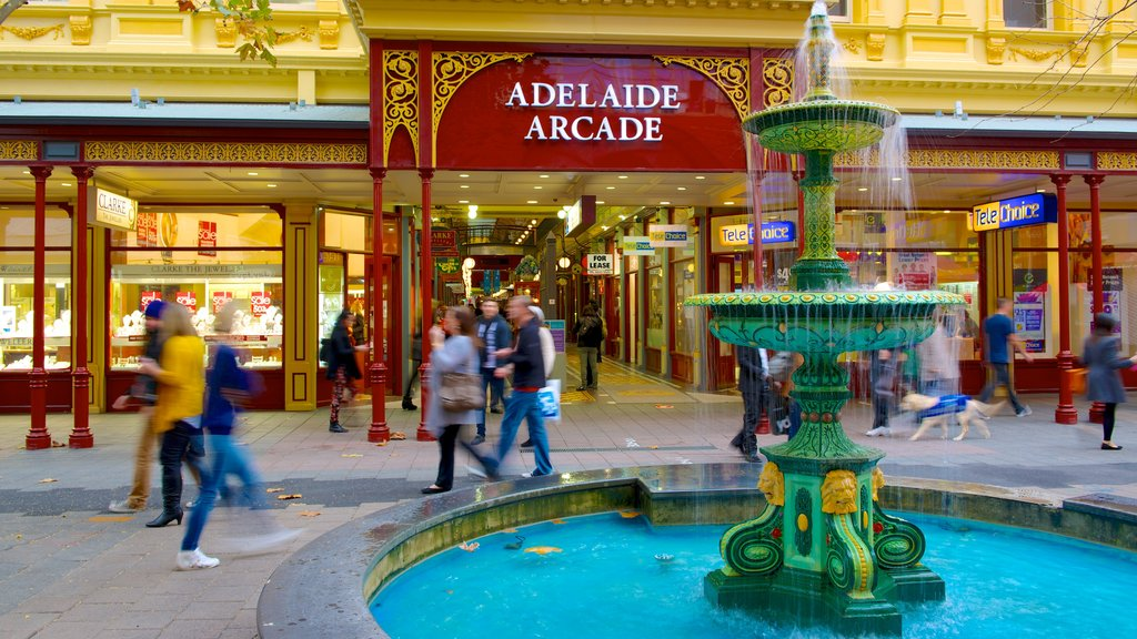 Rundle Mall which includes shopping, street scenes and a fountain