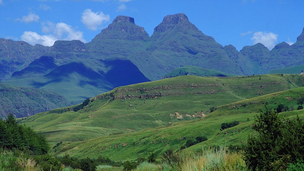 Drakensberg Mountains featuring mountains and landscape views