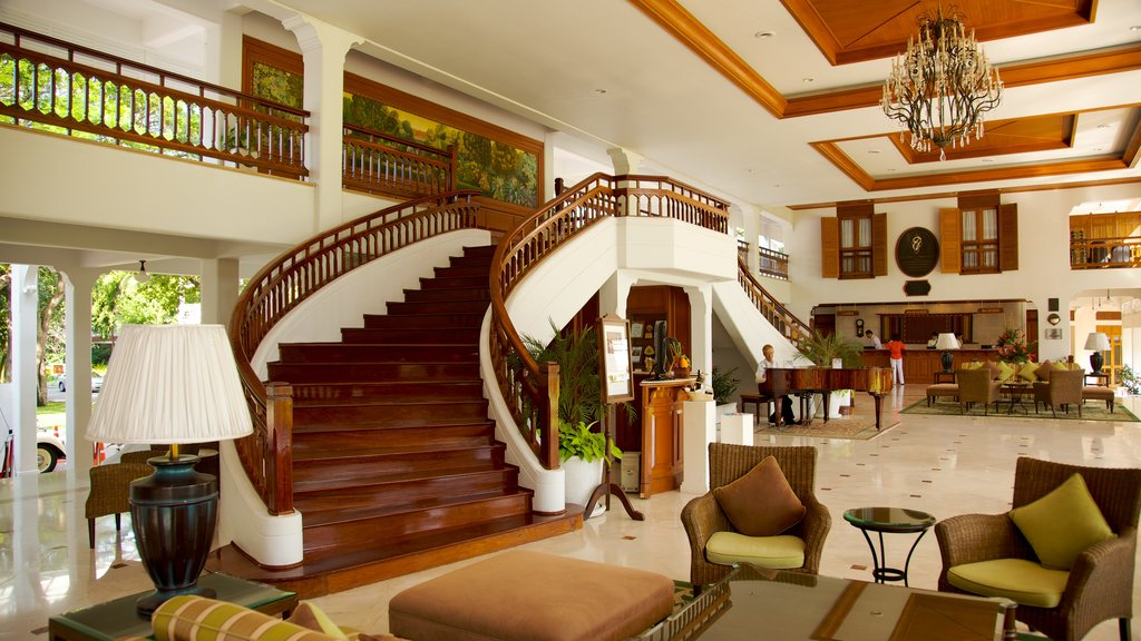 Hua Hin which includes a luxury hotel or resort and interior views