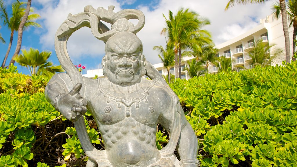 Kaanapali which includes a statue or sculpture and outdoor art