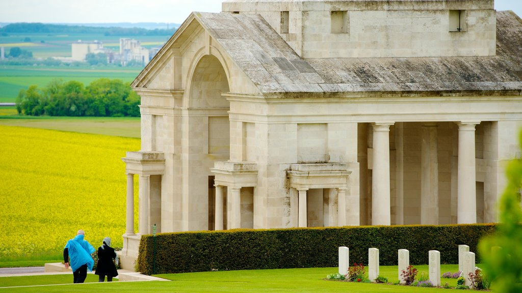 Villers-Bretonneux featuring a memorial, a church or cathedral and heritage architecture