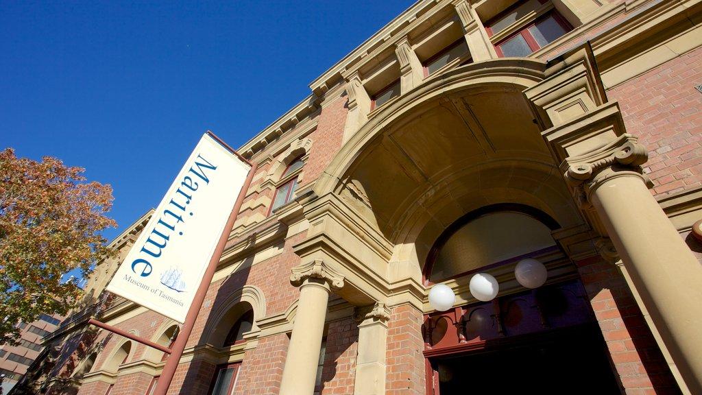 Museo Marítimo de Tasmania ofreciendo escenas urbanas