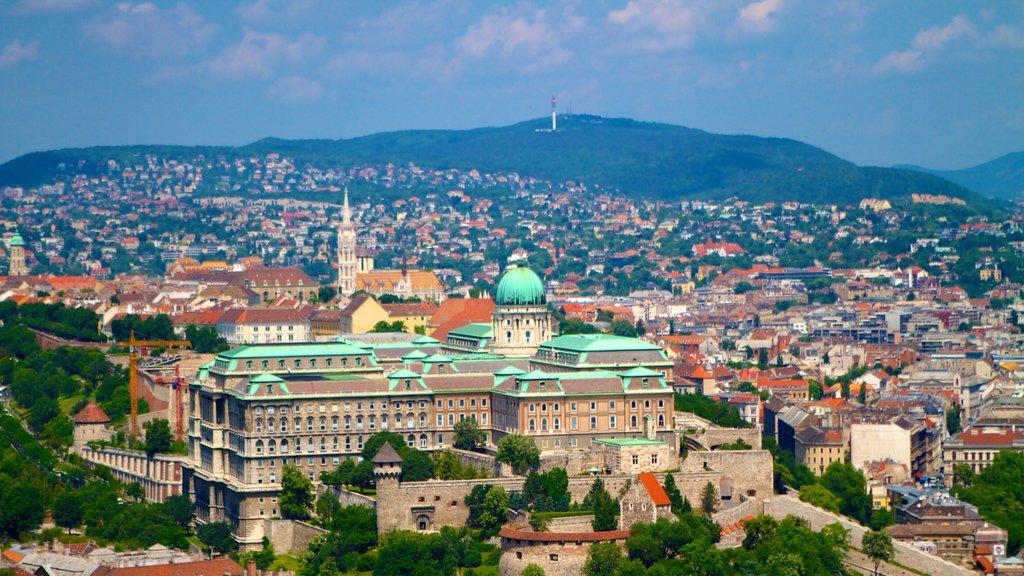 Citadella featuring a city