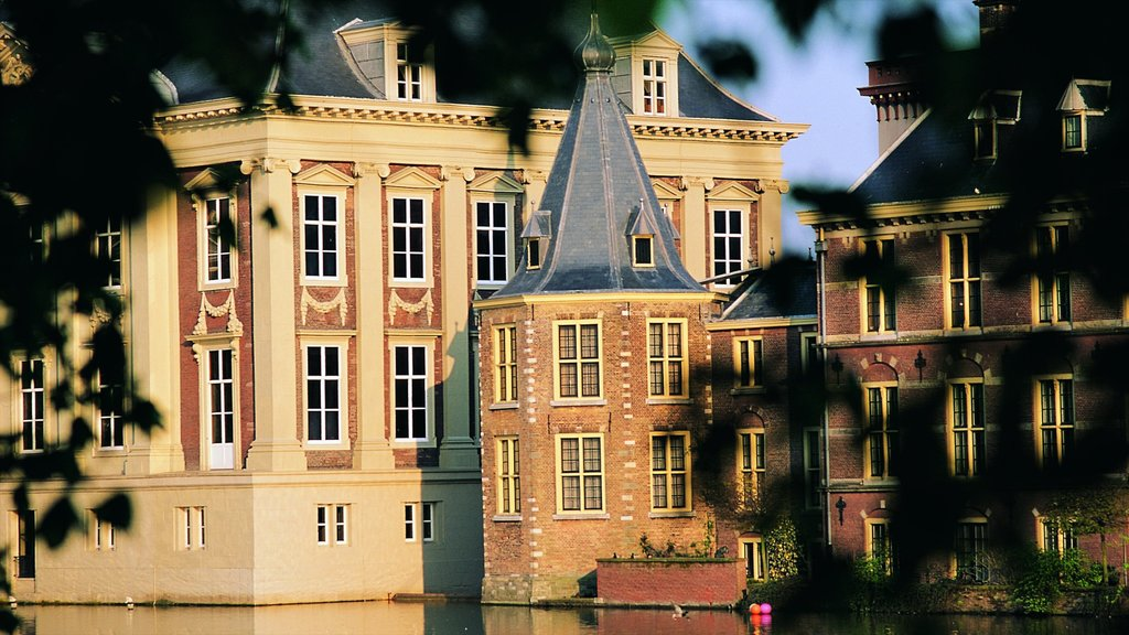 Mauritshuis which includes heritage architecture