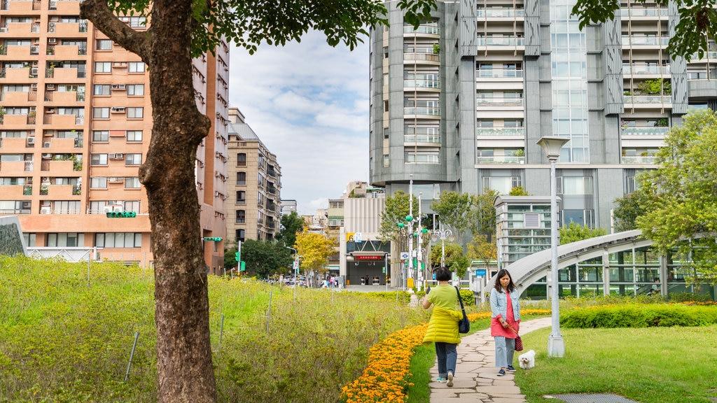 Parque forestal Daan ofreciendo un parque, animales tiernos y flores