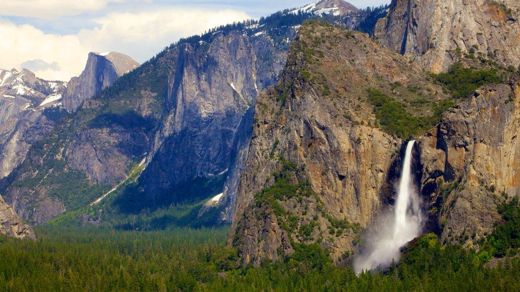 Central California featuring a cascade and mountains