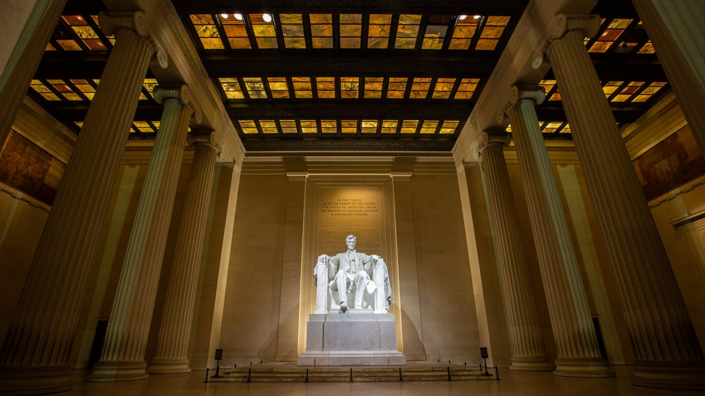 Lincoln Memorial featuring a monument, interior views and heritage elements