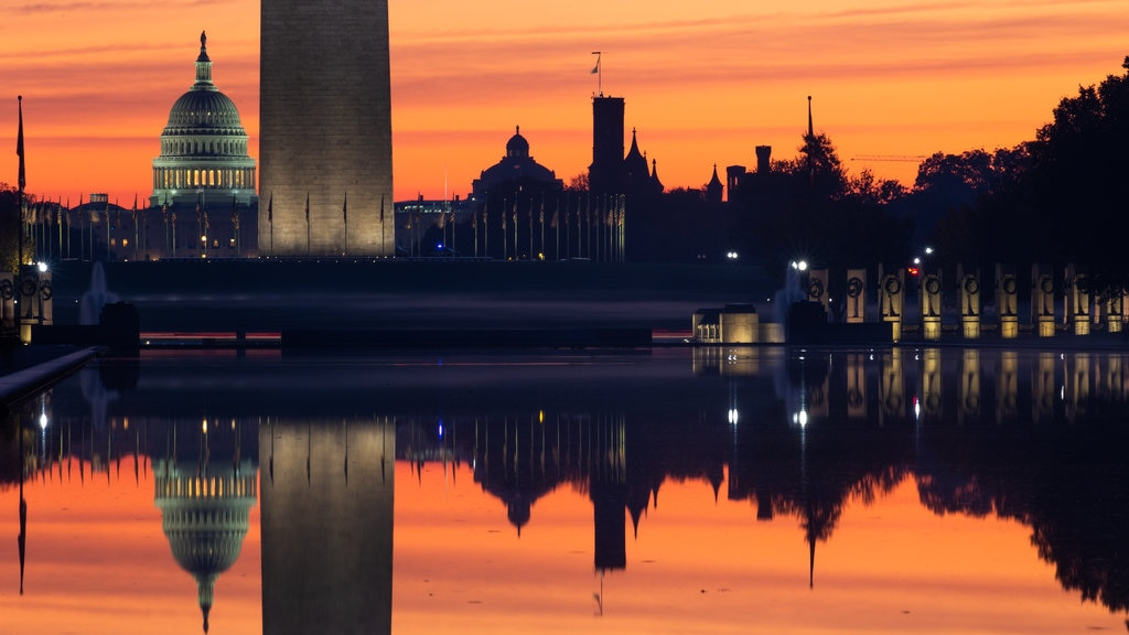 National Mall showing a lake or waterhole and a sunset