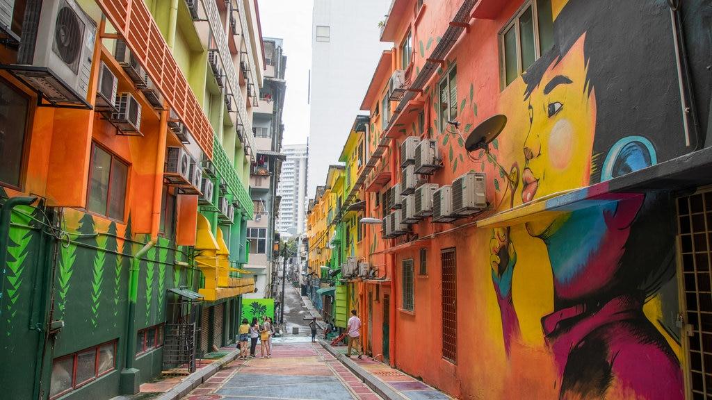 Kuala Lumpur featuring street scenes and outdoor art