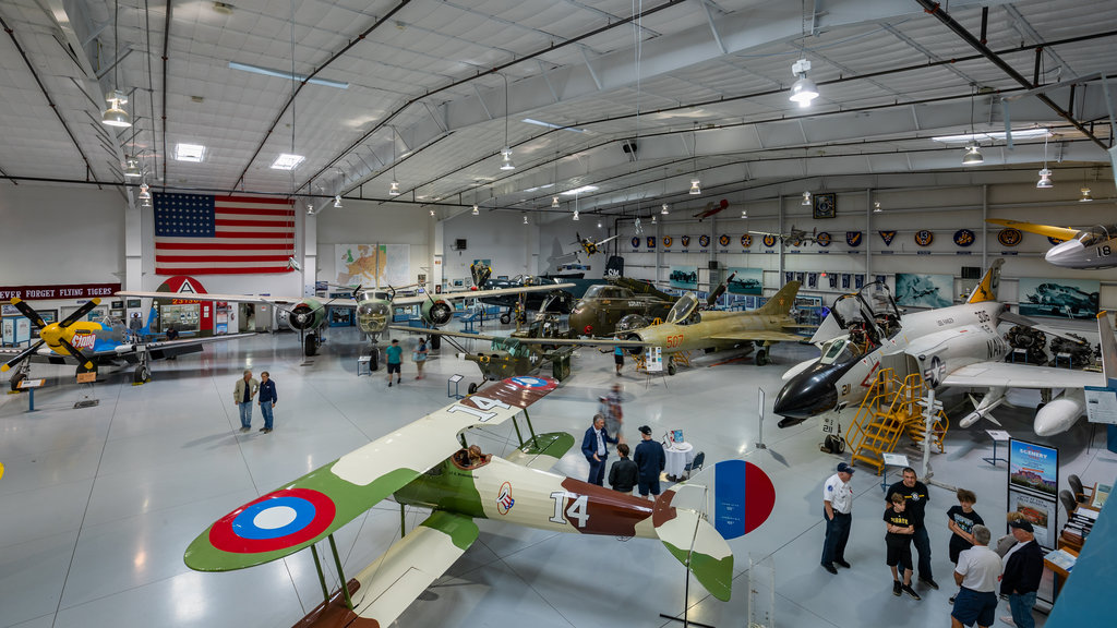 Arizona Commemorative Air Force Museum showing heritage elements and interior views