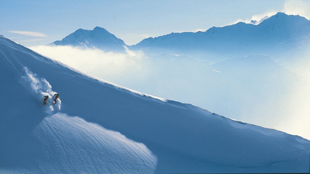 Lech am Arlberg featuring snow skiing, landscape views and snow