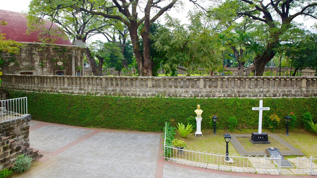 Paco Park which includes heritage elements, heritage architecture and a garden