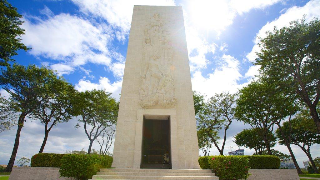Manila mostrando un monumento y un cementerio