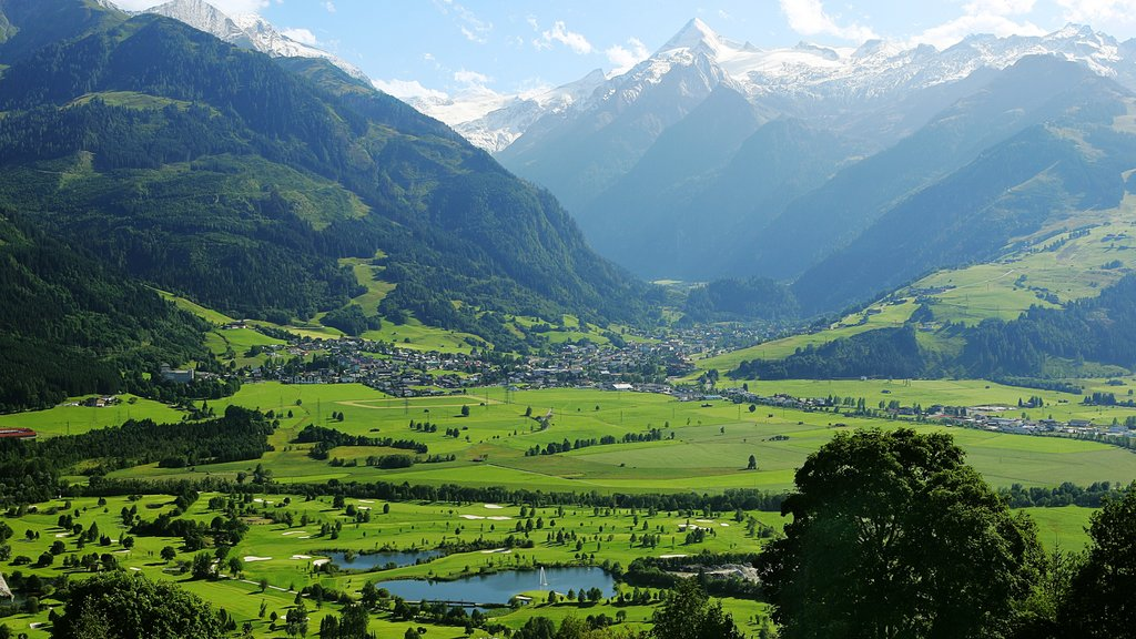 Zell am See which includes landscape views, mountains and a small town or village