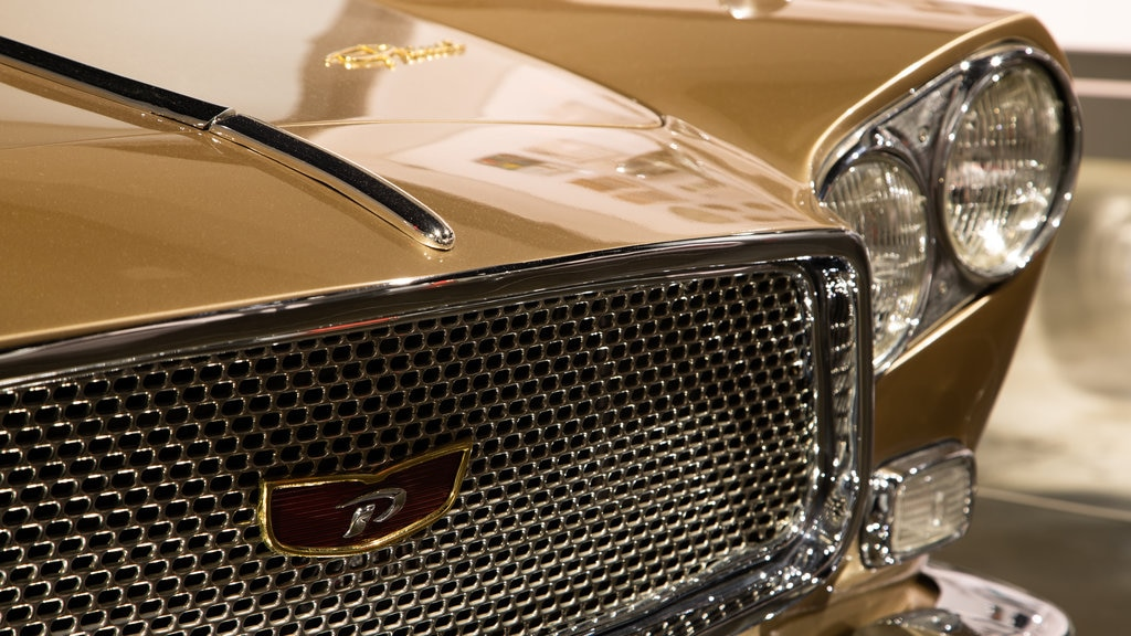 Petersen Automotive Museum showing heritage elements and interior views