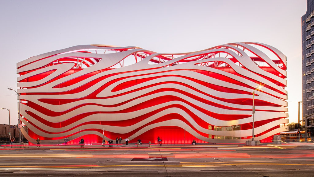 Petersen Automotive Museum showing modern architecture and street scenes