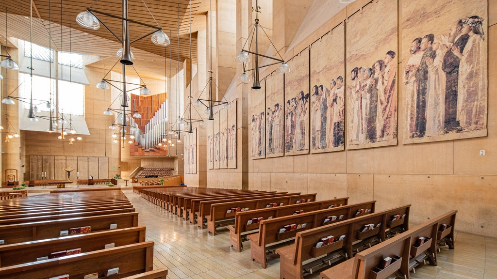 Cathedral of Our Lady of the Angels showing art, interior views and religious elements