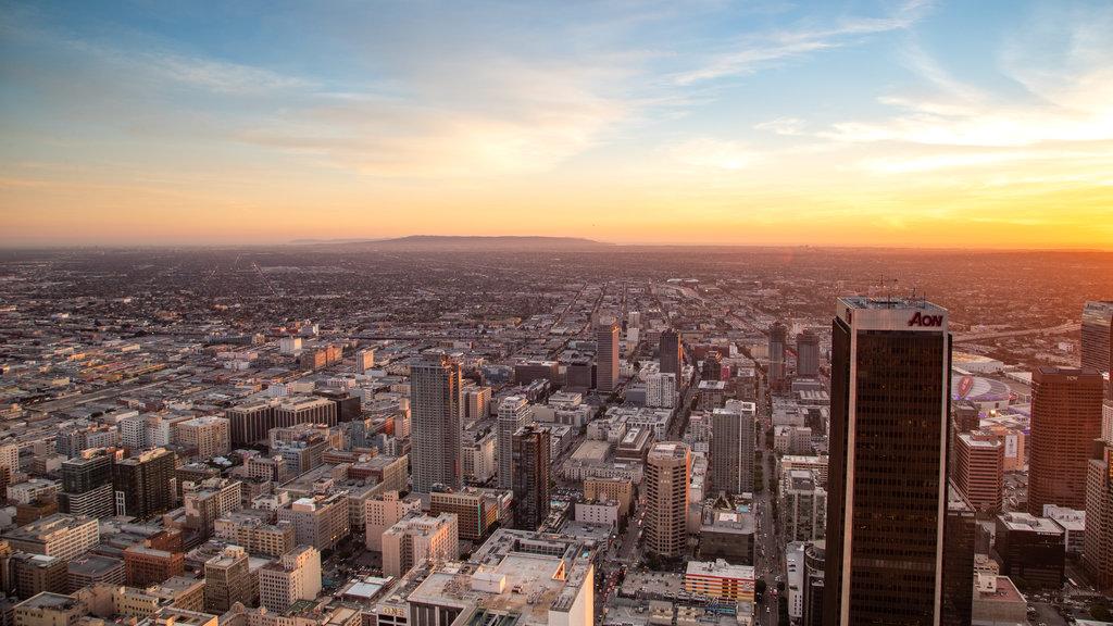 OUE Skyspace LA featuring a sunset, landscape views and a city