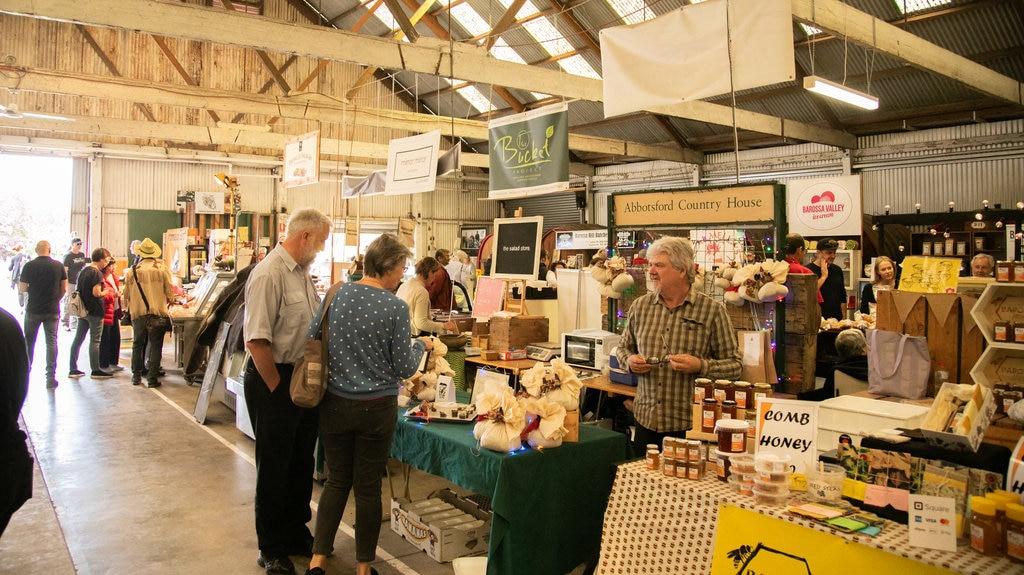 Mercado de agricultores de Barossa mostrando mercados y vistas interiores