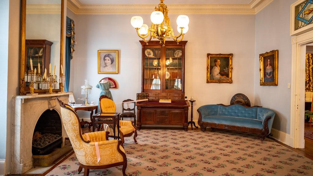Cannonball House mostrando elementos del patrimonio, vistas interiores y una casa