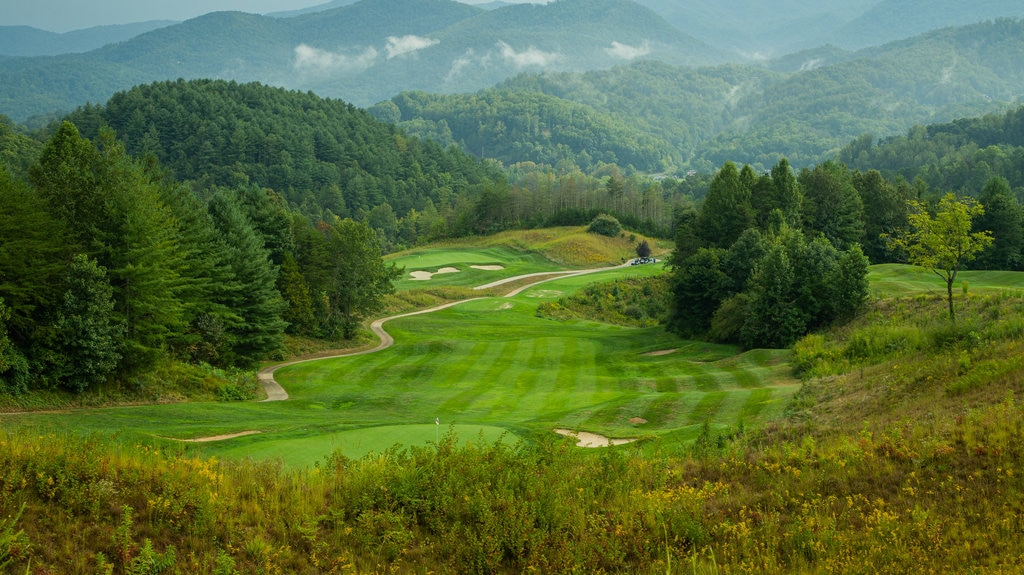 Sequoyah National Golf Club featuring golf and landscape views