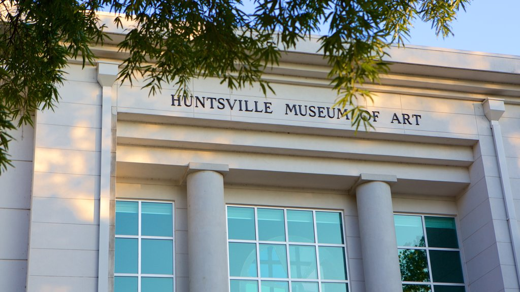 Huntsville Museum of Art featuring signage