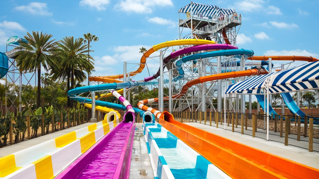 Knott\'s Berry Farm which includes a waterpark