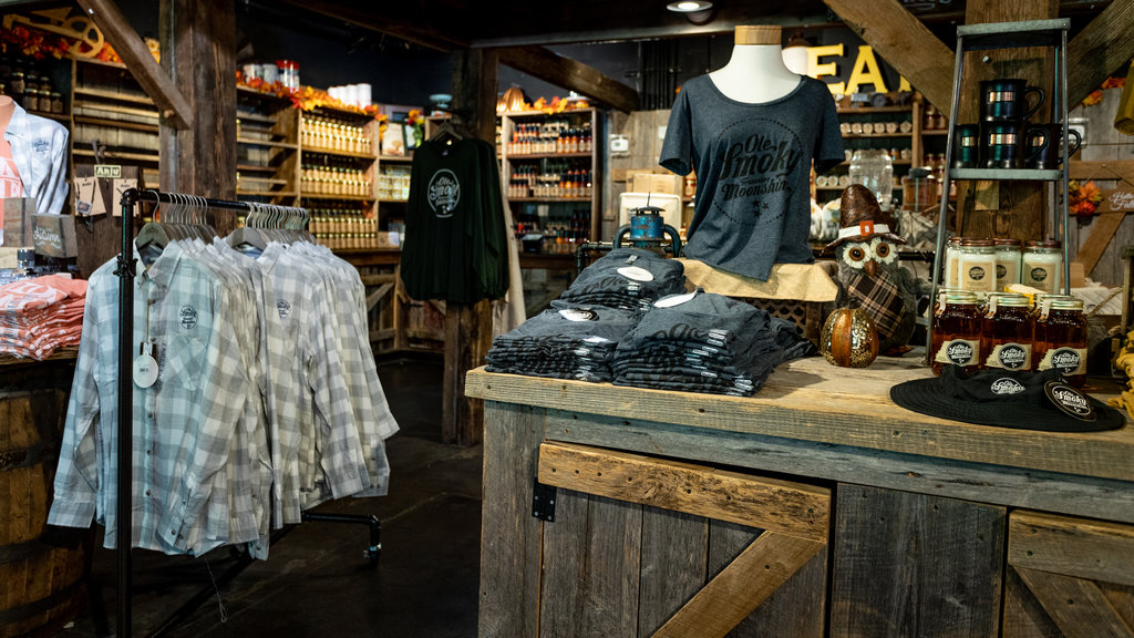 Ole Smoky Moonshine Distillery which includes interior views and shopping