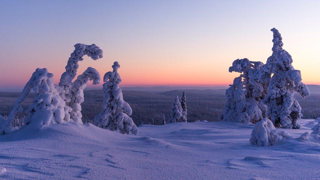 ユッラス スキー リゾート フィーチャー 夕焼け と 雪