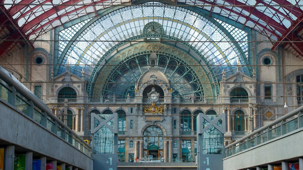 Antwerp Central Station showing interior views, heritage architecture and railway items