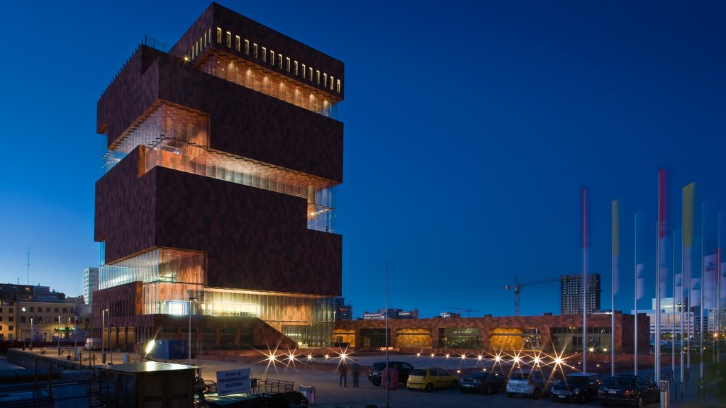 Museum Aan de Stroom showing modern architecture and night scenes