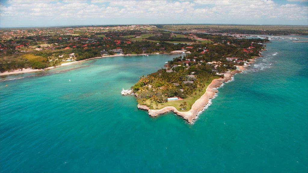 La Romana showing landscape views, a coastal town and general coastal views