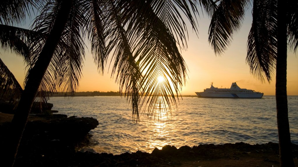 Dominican Republic featuring cruising, tropical scenes and a sunset