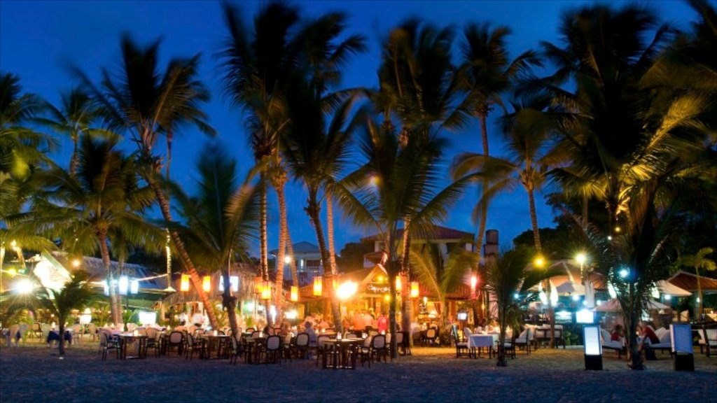 Cabarete showing general coastal views, nightlife and outdoor eating