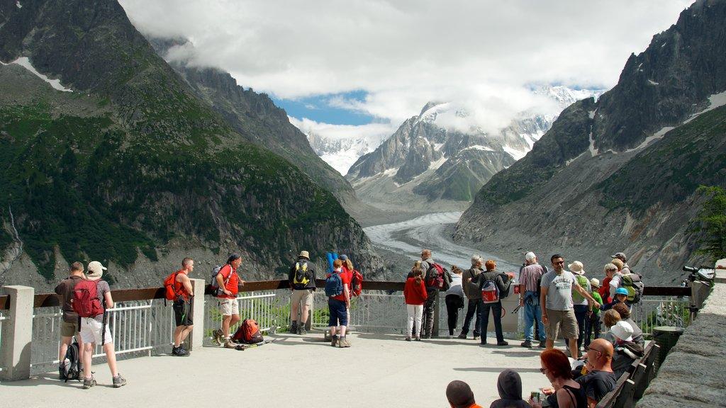 Chamonix-Mont-Blanc featuring landscape views, views and mountains