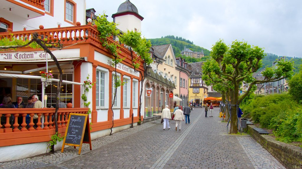 Cochem which includes cafe lifestyle, a small town or village and street scenes