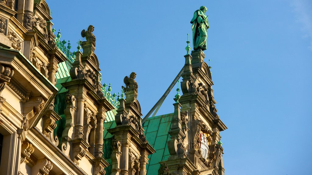 Hamburg City Hall showing heritage architecture and an administrative buidling