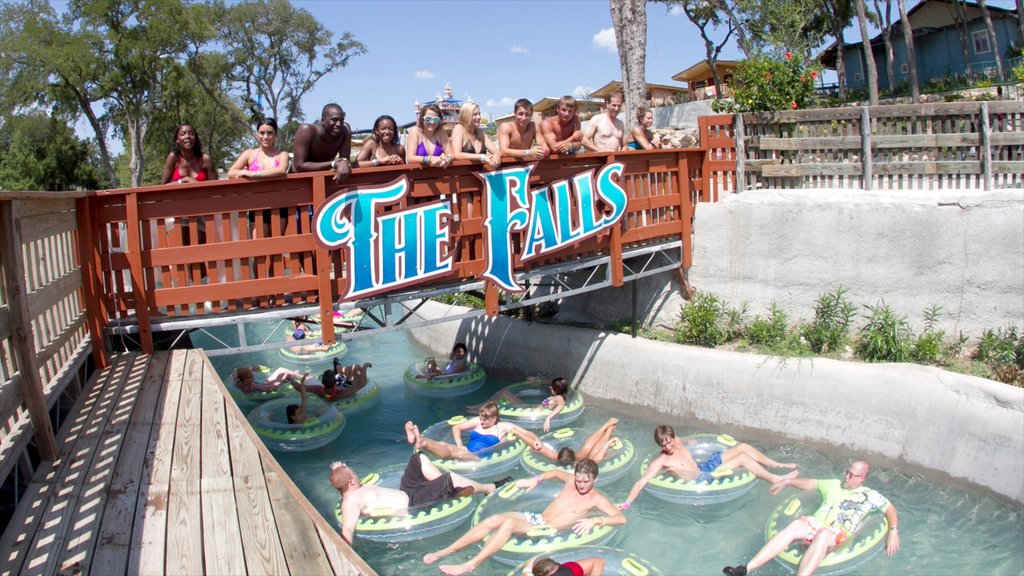Schlitterbahn Waterpark which includes a bridge, a waterpark and signage