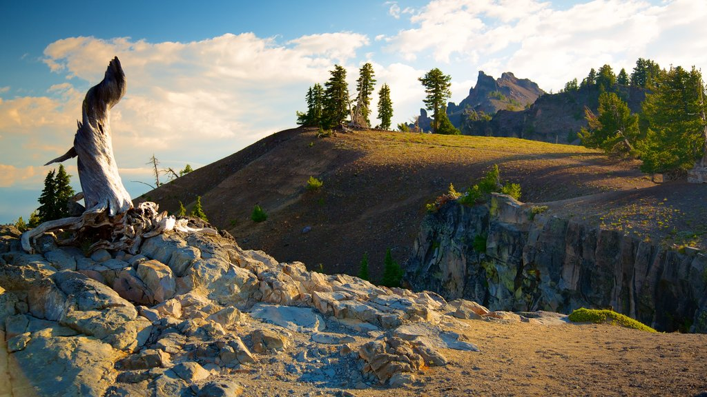 Crater Lake National Park featuring landscape views and mountains