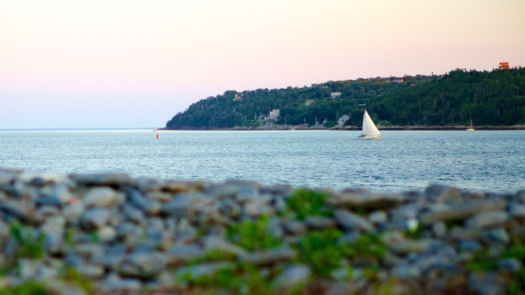 Point Pleasant Park showing landscape views, sailing and general coastal views