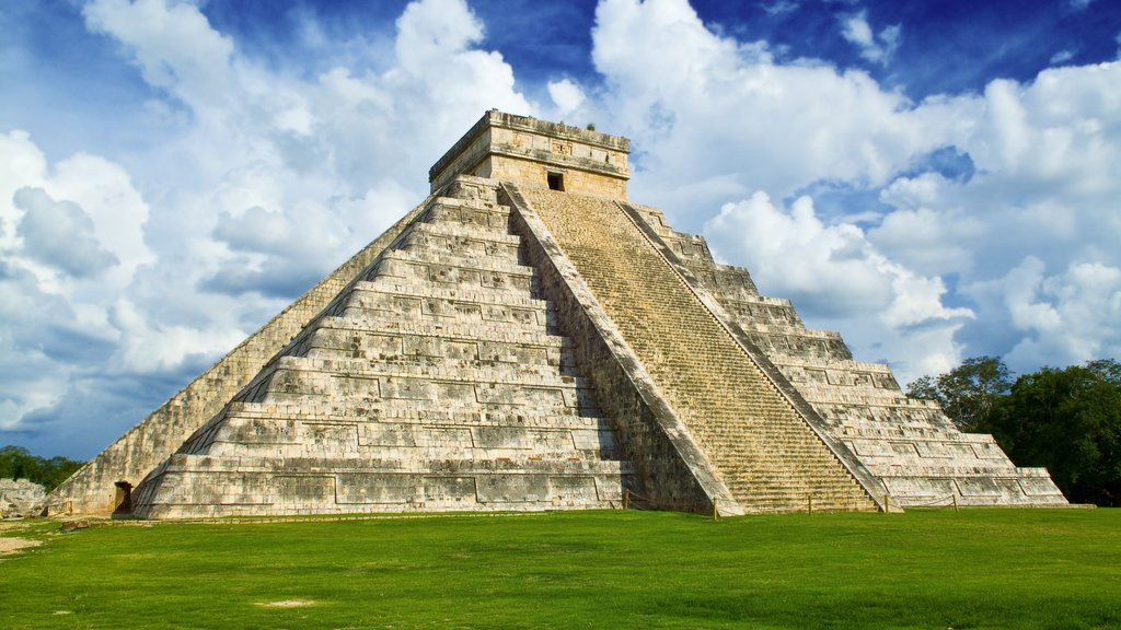 Mexico featuring a temple or place of worship, a monument and heritage architecture
