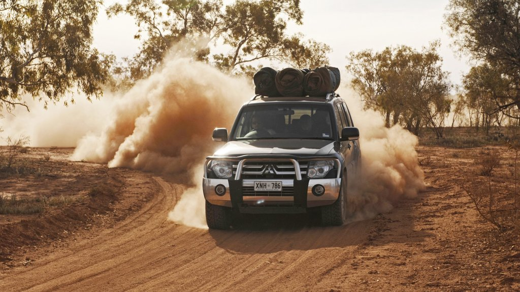 Red Centre which includes desert views, touring and off road driving