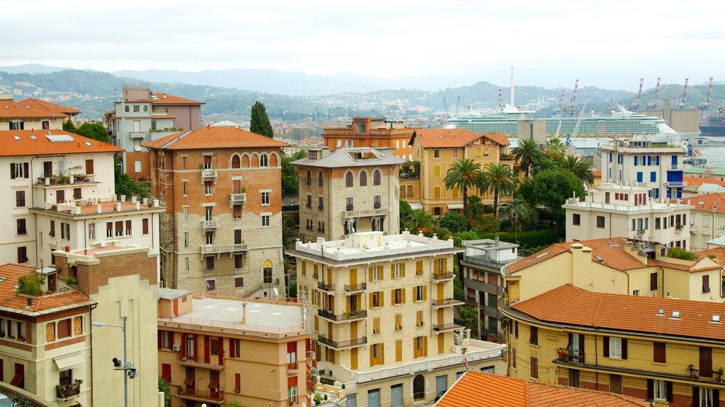 Castello San Giorgio featuring heritage architecture and a city