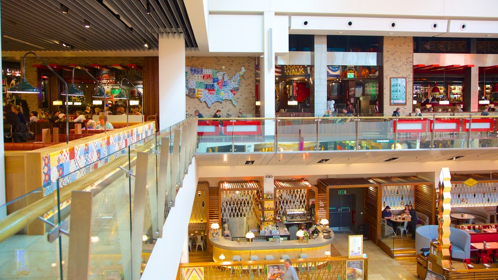 Bluewater Shopping Centre showing interior views, cbd and cafe lifestyle