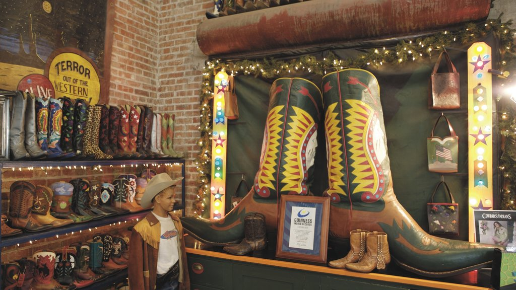 El Paso showing shopping and interior views