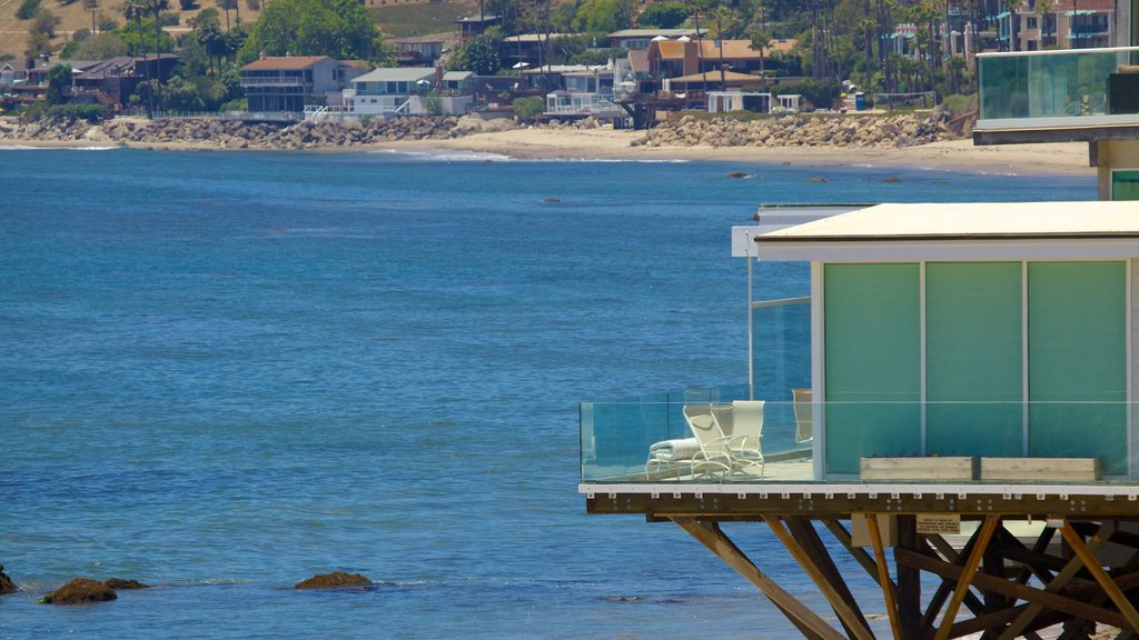 Malibu which includes a sandy beach, a coastal town and general coastal views