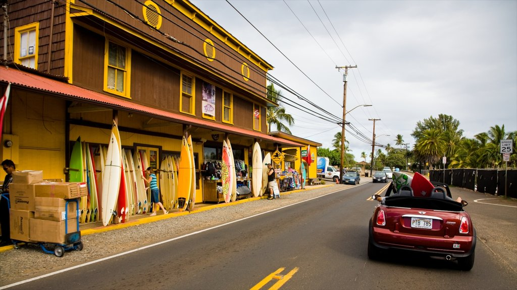 Haleiwa which includes street scenes and a small town or village as well as a small group of people