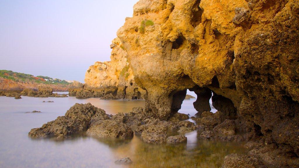 Albufeira showing rocky coastline and landscape views